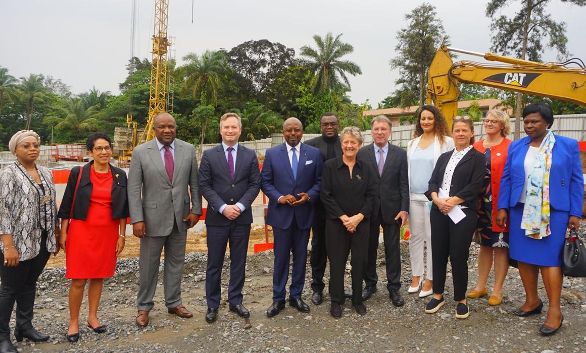 Sur le chantier de la nouvelle ambassade